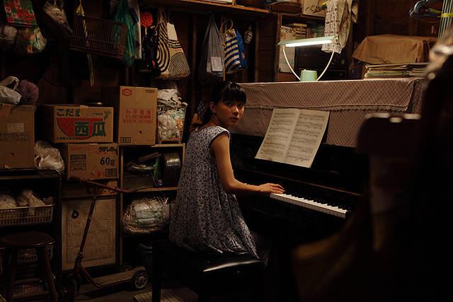 物置のピアノ3.jpg
